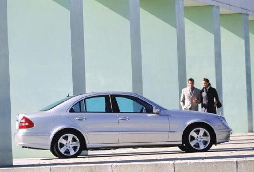 autókatalógus - mercedes-benz e 270 cdi avantgarde (automata) (4