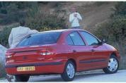 RENAULT Mégane Classic 1.4 16V RN (1999-2000)