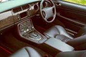 JAGUAR XKR 4.0 Coupe (Automata)