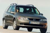 OPEL Vectra Caravan 2.6 V6 CDX (Automata)  (2000-2001)