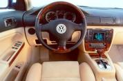 VOLKSWAGEN Passat Variant 2.0 4Motion Business (2004-2005)