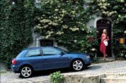 AUDI A3 1.6 Attraction Komfort (Automata)  (2000-2001)