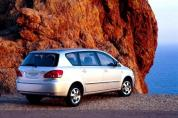 TOYOTA Avensis Verso 2.0 D-4D (2001-2003)
