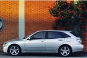 LEXUS IS 300 Sport Cross (Automata)  (2001-2006)