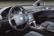VOLKSWAGEN Phaeton 3.0 V6 TDI 4Motion (5 személyes ) (Automata)  (2004-2007)