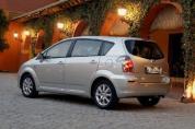 TOYOTA Corolla Verso 1.6 Luna (2005-2008)