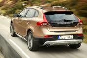 VOLVO V40 Cross Country 2.5 T5 AWD Momentum Geartronic (2012–)